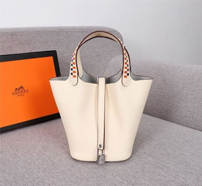 Picture of Hermes Picotin Lock 18cm/22cm Calfskin Leather Handbag Milk white Gold/Silver