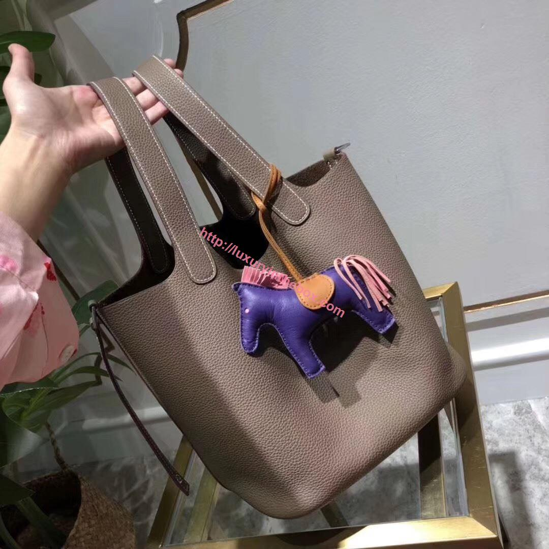 Picture of Hermes Picotin Lock 18/22cm Calfskin Leather Handbag Khaki Silver