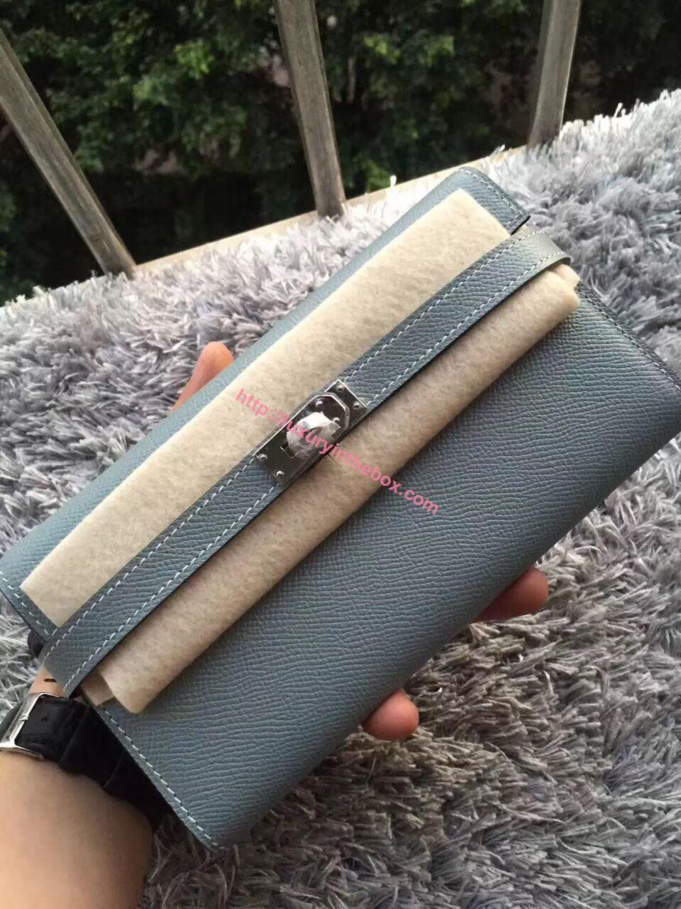 Picture of Hermes Kelly Wallet Epsom Leather